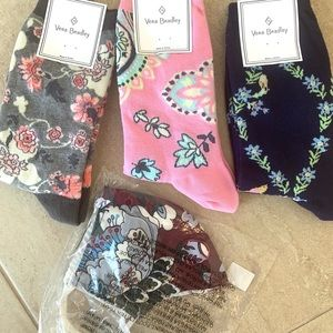🧦Vera Bradley colorful statement socks & mask😷